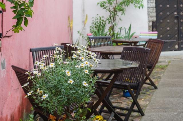 Restaurant Outdoor Furniture (4).jpeg